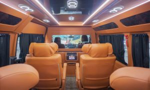 Toyota Hiace Premio Luxury ALDIV Official